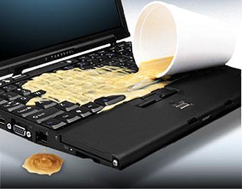 liquido sobre la laptop